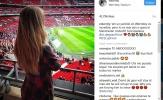 Derby Manchester: Bạn gái De Gea cổ vũ M.U, lấy lòng CĐV