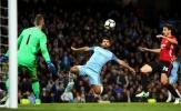Tung đến 8 cú sút, Aguero vẫn không thể phá lưới Man United