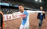 Giúp Napoli hủy diệt Fiorentina, Mertens áp sát Dzeko