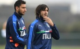 Napoli vào cuộc, Milan coi chừng mất cả chì lẫn chài