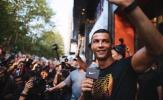 Ronaldo gây náo loạn 'thị trường tỷ dân'