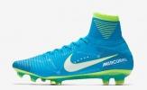 Giữa bão tin đồn, Neymar khoe giày 'siêu độc'
