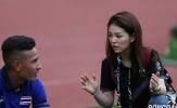 Nữ trưởng đoàn Thái Lan toát lên vẻ đẳng cấp trên đường Pitch
