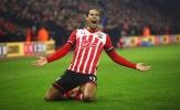 Bất ngờ xuất hiện ở London, Van Dijk chuẩn bị kí hợp đồng với Chelsea