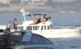 Ibrahimovic 'sải cánh' như một vị thần chinh phục biển cả