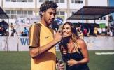 MC xinh đẹp của ESPN 'thả thính' Neymar