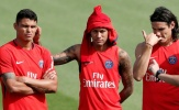 Mặc kệ Barca, Neymar quậy tưng trên sân tập PSG