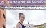 Liv Cooke - Gái tuổi teen mê bóng đá nghệ thuật