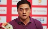 Lỡ ngôi đầu bảng, HLV Đức Thắng vẫn tự tin với 11 trận bất bại