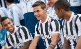 Dybala bảnh bao trong ngày chụp ảnh tập thể của Juventus