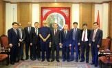 Thứ trưởng Bộ VHTTDL Lê Khánh Hải tiếp Chủ tịch AFC Ebrahim Al Khalifa