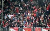 Fan Monaco 'chết lặng' nhìn đội nhà chia điểm với Amiens