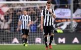 Thủng lưới 3 bàn, Juventus cúi mặt rời Genova