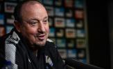 Newcaslte gặp sóng gió, Benitez vẫn vững tay chèo