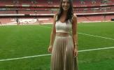 MC xinh đẹp lại khiến CĐV Arsenal thổn thức