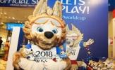 Sói Zabivaka náo loạn cửa hàng bán đồ World Cup 2018 đầu tiên