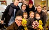Dortmund mang 80.000 CĐV từ Sinal Iduna Park vào bệnh viện