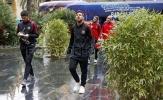Cho Real hít khói, Messi và đồng đội hào hứng rảo bước trong mưa