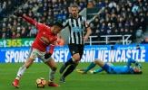 Sanchez 'thích làm việc khó' khiến Man Utd mất điểm cay đắng