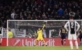 Higuain 'mắm môi mắm lợi' sút bay chiến thắng của Juventus