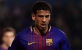 Barca ra mắt cầu thủ người Anh đầu tiên sau 29 năm