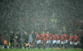 Chiếc cúp FA xuất hiện tại Old Trafford