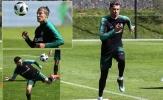 Ronaldo bứt tốc mạnh mẽ, chờ so tài 'cỗ máy ghi bàn' Salah