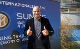 'Hoàng đế' Adriano tới tận sân tập để tiếp sức Inter vượt qua khủng hoảng
