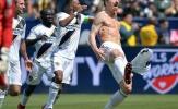 Bị Pogba 'vuốt râu hùm', đây là phản ứng của Ibrahimovic!