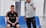 Triệt hạ Januzaj, De Bruyne bị HLV tuyển Bỉ 'sấy tóc' trên sân tập