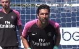 Buffon trở lại tập luyện sau trận ra mắt ác mộng cho PSG