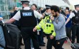 XONG! Cảnh sát Liverpool chính thức 'hỏi thăm' Salah