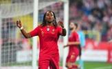 Tin lầm 'Cậu bé vàng', HLV Santos suýt khiến Bồ Đào Nha chia điểm