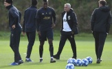 'Hãy đến xem một buổi tập của Man Utd - giống như ai đó đã chết'