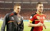 Lộ điều khoản bí mật, M.U và Liverpool lao vào giành chữ ký Hazard