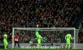 'Người nhện' Ter Stegen chơi xuất thần giúp Barca tránh một trận thua