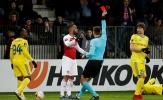 Arsenal điêu đứng sau cú vung chỏ của học trò Emery