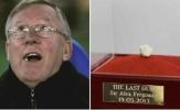 Bã kẹo cao su của Sir Alex Ferguson được bán với giá 517.000 USD