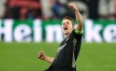 """Thêm 1 'ông lớn' muốn tranh giành """"trung vệ 80 triệu euro"""" với Barcelona, Juventus"""