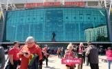 Rita Võ giúp giấc mơ đến sân vận động Old Trafford của cụ Kim Lành thành hiện thực