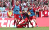 5 điểm nhấn Bayern 5-1 Frankfurt: 'Trèo cao, té đau'; Tiếc cho một 'huyền thoại'