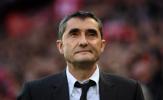 HLV Valverde bất ngờ lên tiếng về tương lai, đi hay ở?