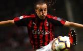 Đây, lí do khiến AC Milan nên giữ sao Uruguay ở lại San Siro
