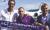 NÓNG! 'Gã mặt sẹo' người Pháp đã đặt chân đến Ý
