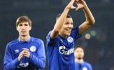 Vỡ òa phút 89, 'đối thủ cũ' của Quang Hải đưa Schalke lên hạng nhì