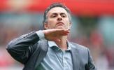 Mourinho: 'Cậu ta may mắn có được hợp đồng từ Man Utd'
