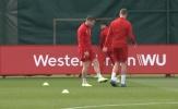 Kẻ khiến Man Utd 'chết lặng' làm điều khó đỡ ngay trên sân