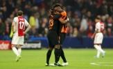Fan Chelsea sẽ ấm lòng với hành động của Abraham dành cho Batshuayi