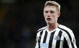 Newcastle có biến, Man Utd chờ gì mà không mua 'Carrick mới'?