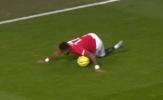 Những hình ảnh khó quên sau trận MU 0-2 Burnley: 'Format của cụ Dyche'!
